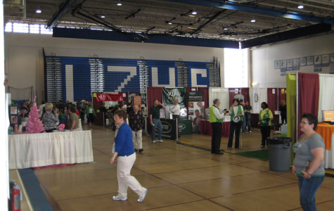 LZHS hosts Chamber of Commerce Expo