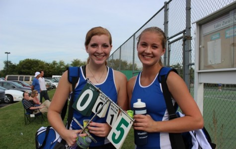Girls' tennis doubles team starts season off well