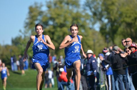 Racing for the dream: Cross Country seniors qualify for Nationals together