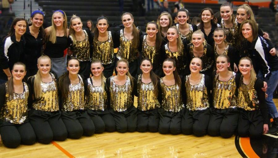 Poms qualifies for State Competition