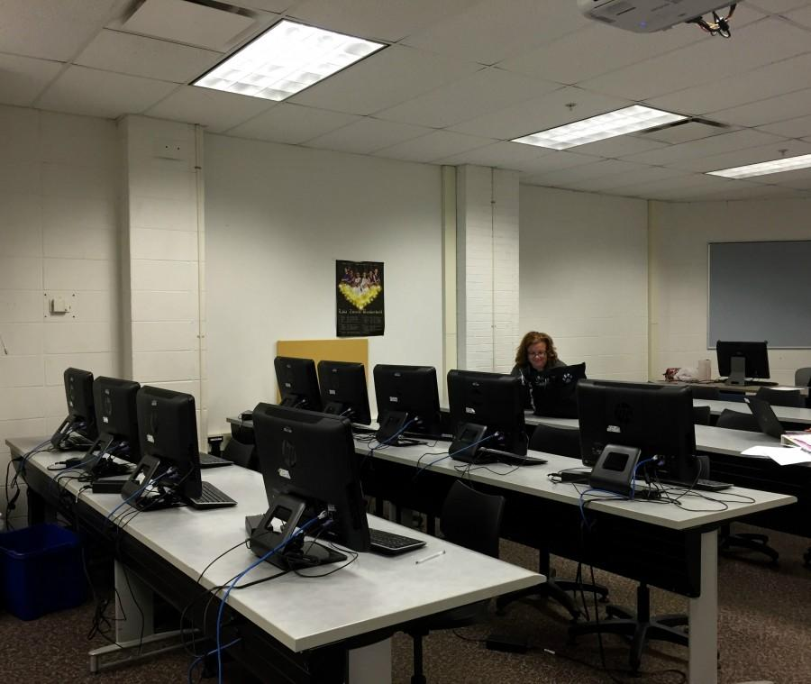 The new location for the Literacy Center gives students the opportunity to work with others at large tables, or by themselves at computer desks, without being disrupted.