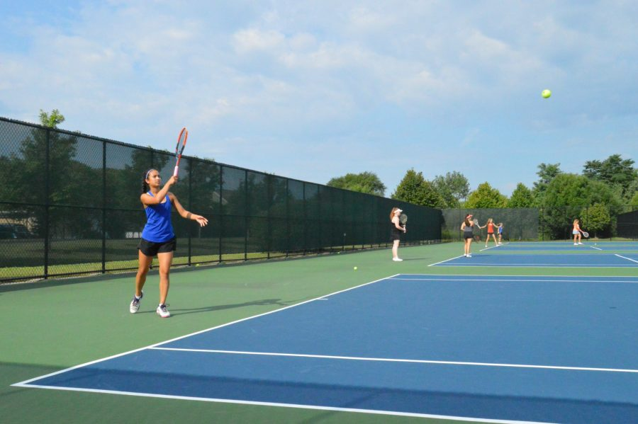 Freshman lead varsity tennis to sectionals, can she do it again?