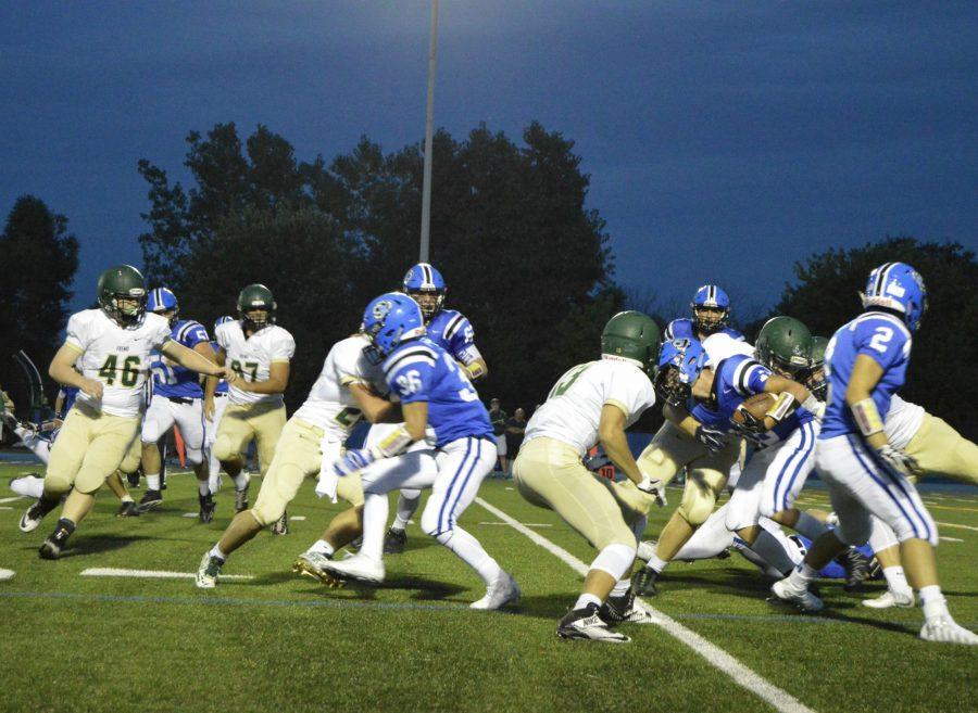 The Bears' first game of the 2016 season ended in a win against the Fremd Vikings.