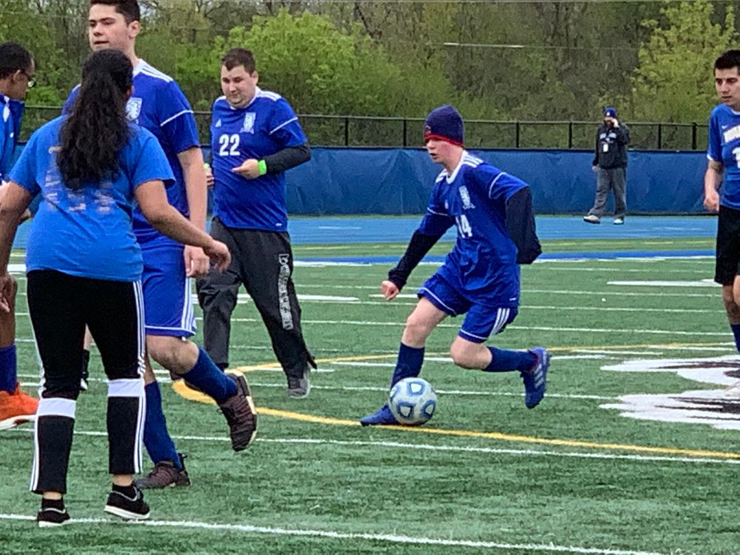 Griffin+Koppel%2C+sophomore+cuts+left+in+the+Allied+Soccer+team%27s+8-7+win+over+Warren+on+Saturday.+The+next+game+will+be+on+Tuesday+against+Mundelein+during+the+Bears+Barbecue