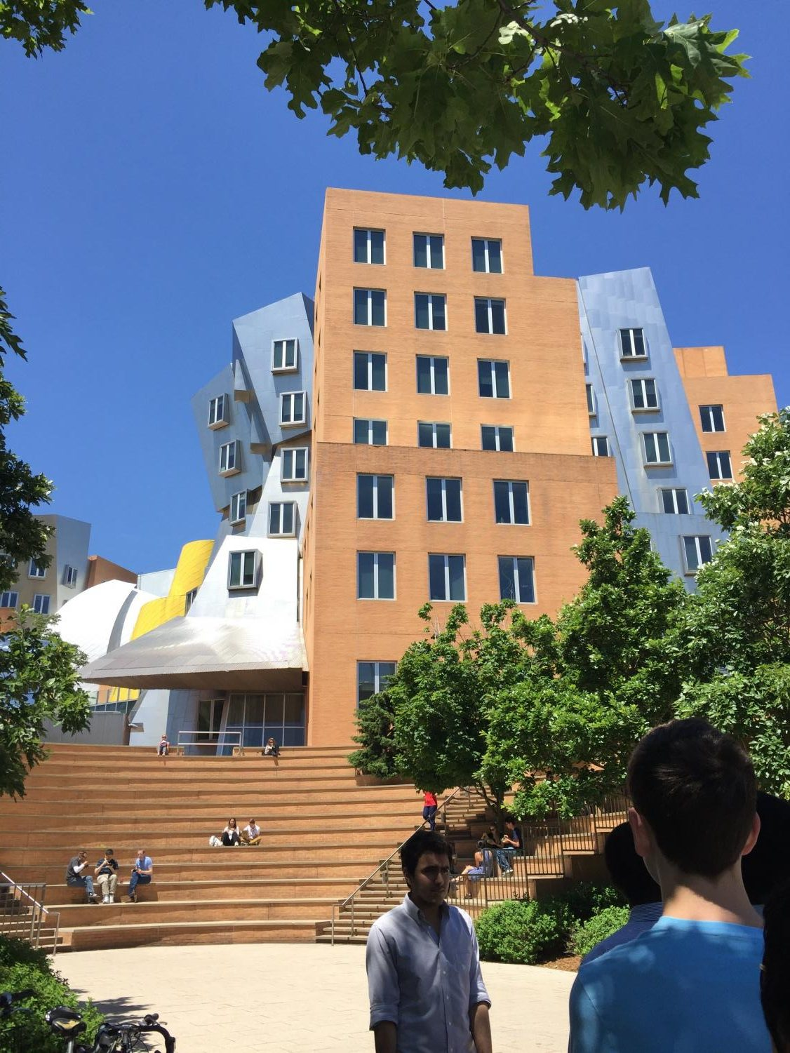 As the future draws near, students have been spending their summer college visiting. Students observed the appearance of different campuses and was able to experience what websites cannot provide.