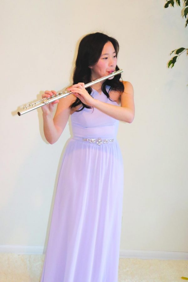 Rachel Lee, senior flutist, has been playing the flute for 8 years and has particpated in many competitions. This year, she participated and won the Concerto Competition.
