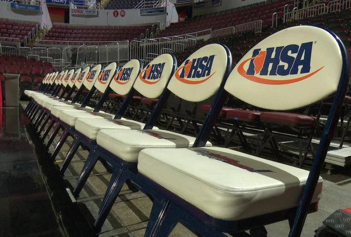 Student-Athletes have faced much uncertainty this school year with whether their seasons will commence. Following a January 27 meeting, IHSA announced the resumption of sports and activities through the remainder of the school year.