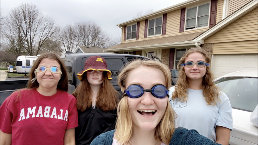 A few LZ Senior Assassin participants, geared up with waterguns and goggles. With over a hundred seniors participating, Luca Sturm, senior organizer, called the event a huge success.
