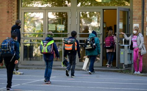As freshmen enter their fourth week of school amidst an entirely new crowd during the pandemic, they reflect on their missed experiences entering high school for the first time.